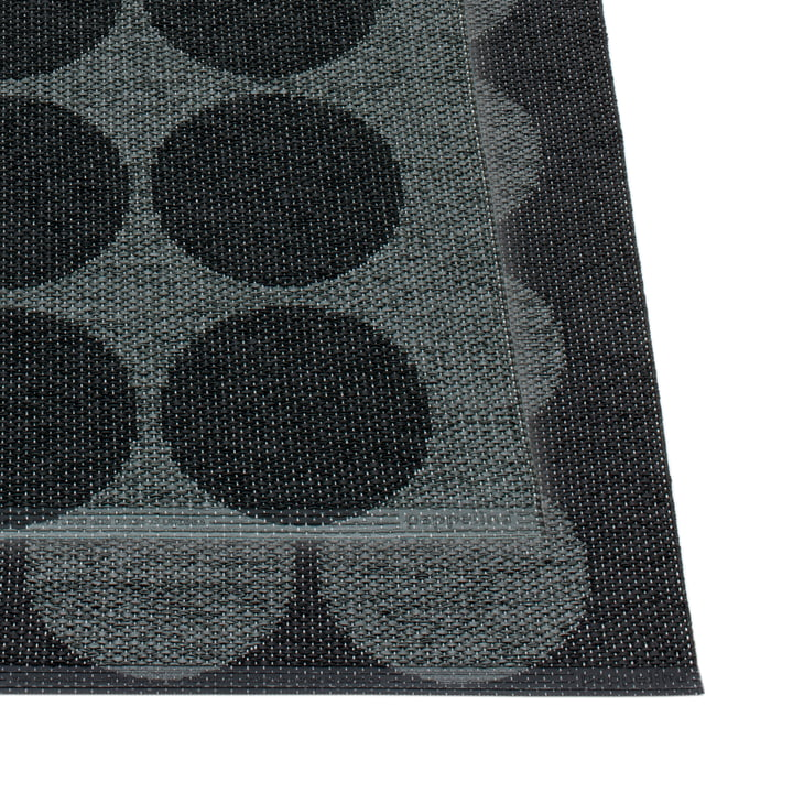 Hugo Wendeteppich 180 x 260 cm von Pappelina in Black metallic / Black
