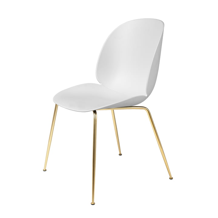 Beetle Dining Chair Conic Base von Gubi in Messing / Weiß
