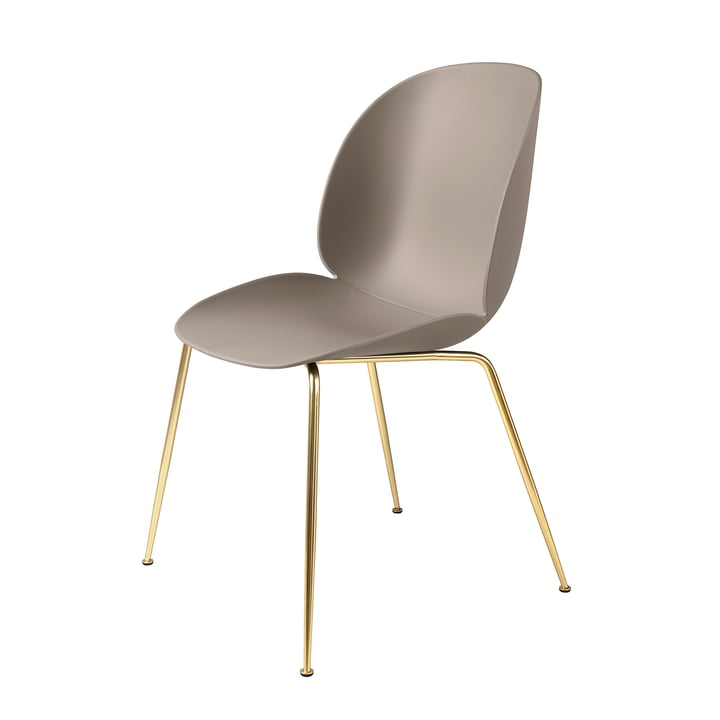 Beetle Dining Chair Conic Base von Gubi in Messing / New Beige