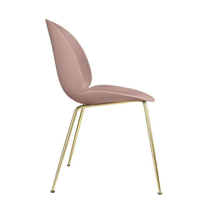 Beetle Dining Chair Conic Base von Gubi in Messing / Sweet Pink