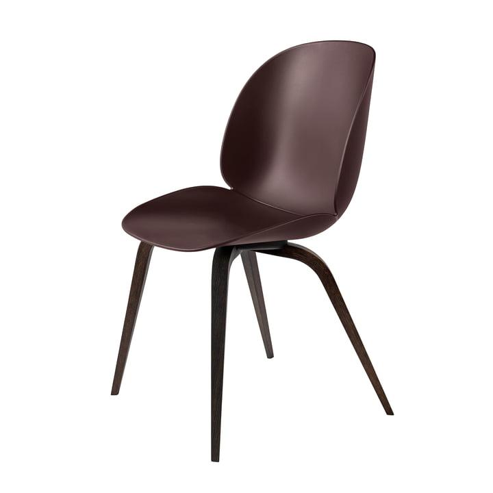 Beetle Dining Chair Wood Base von Gubi in schwarz gebeizt / Dark Pink