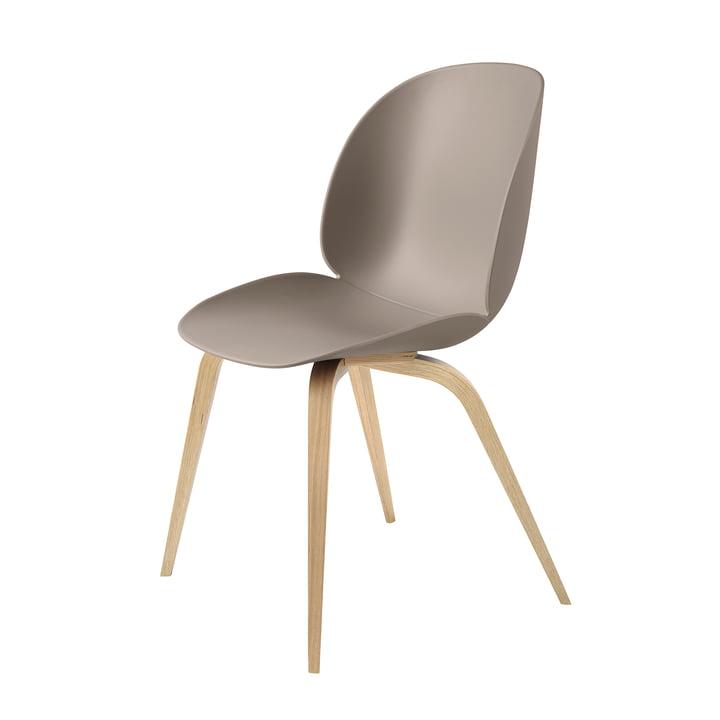 Beetle Dining Chair Wood Base von Gubi in Eiche / New Beige