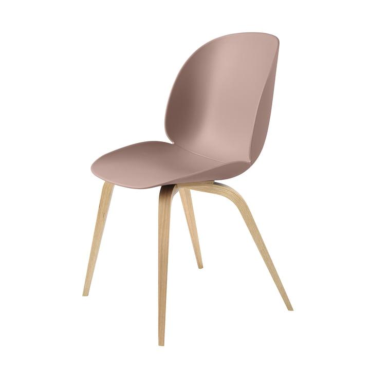 Beetle Dining Chair Wood Base von Gubi in Eiche / Sweet Pink