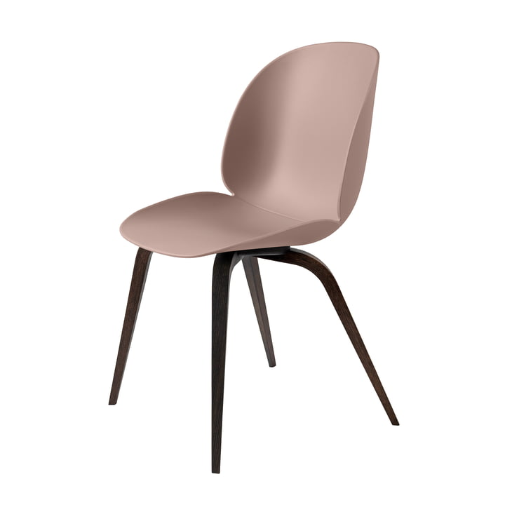 Beetle Dining Chair Wood Base von Gubi in Eiche geräuchert / Sweet Pink
