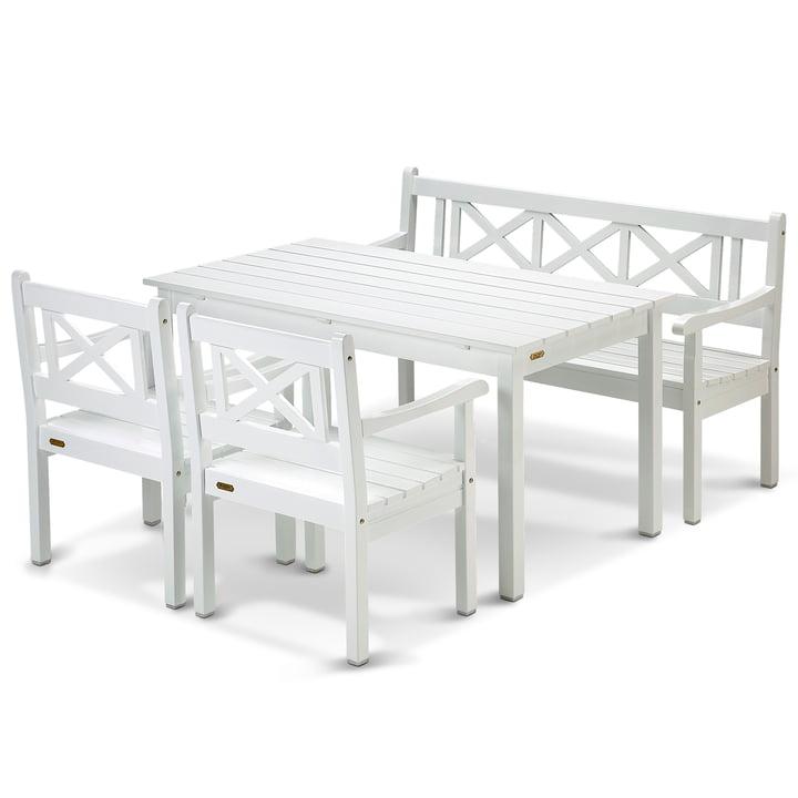 Das Skagen Kampagnen-Set von Skagerak in weiß mit 1 Esstisch, 1 Bank und 2 Stühlen)