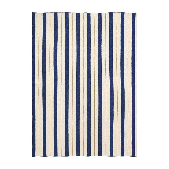 Pinstripe Decke von ferm Living in Blau