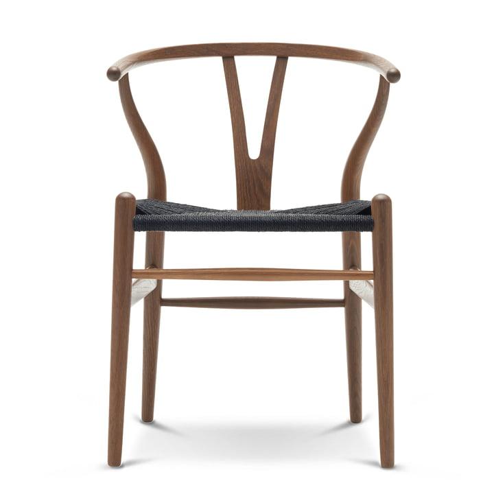 Der Carl Hansen - CH24 Wishbone Chair, Eiche geräuchert und geölt / schwarzes Geflecht