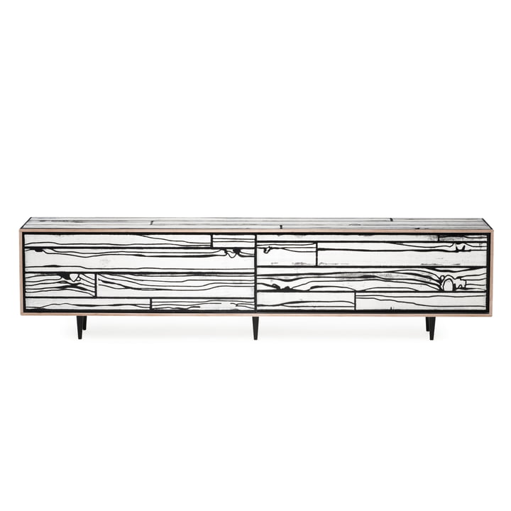 Das Established & Sons - WrongWoods Sideboard 260 cm in weiß / schwarz