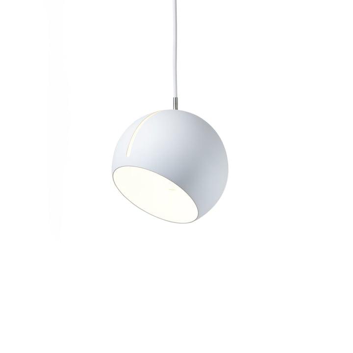 Tilt Globe Pendelleuchte Ø 20 cm mit Schirm in weiß und Kabel in weiß von Nyta