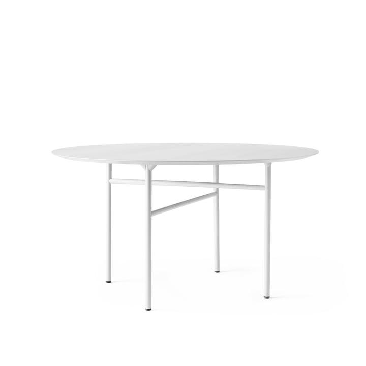 Snaregade Tisch Ø 120 cm von Menu in Eichenfurnier hellgrau gebeizt