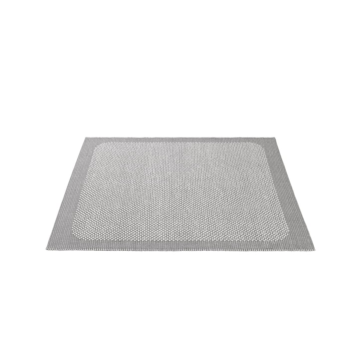 Pebble Teppich von Muuto - 170 x 240 cm in hellgrau