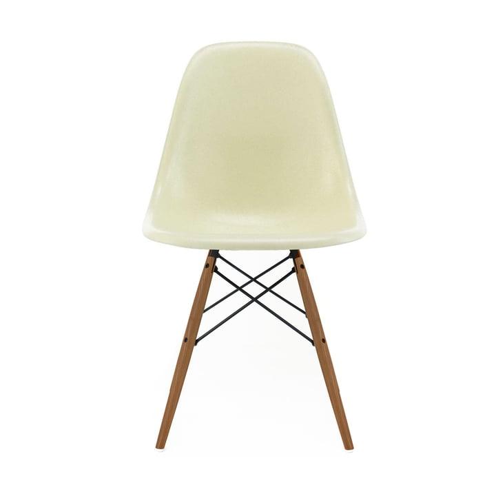 Eames Fiberglass Side Chair DSW von Vitra - Esche honigfarben / Eames parchment