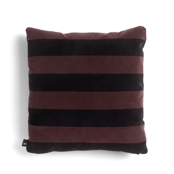 Soft Stripe Kissen 50 x 50 cm von Hay in burgundy