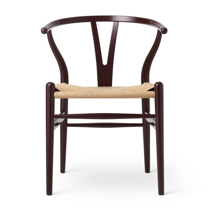 CH24 Wishbone Chair von Carl Hansen in Buche Deep Burgundy / Naturgeflecht (Birthday Edition)