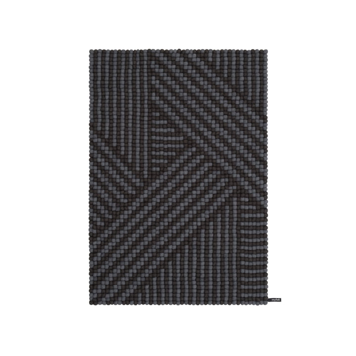 Weave Filzkugelteppich, 90 x 130 cm in anthrazit / dunkelgrau von myfelt