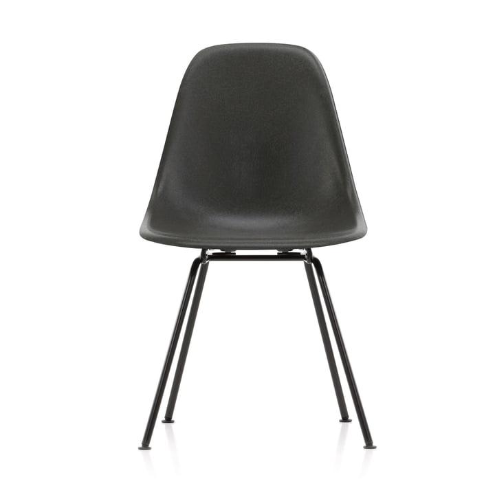 Eames Fiberglass Side Chair DSX von Vitra in basic dark / Eames elephant hide grey