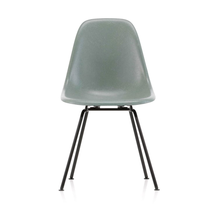 Eames Fiberglass Side Chair DSX von Vitra in basic dark / Eames sea foam green