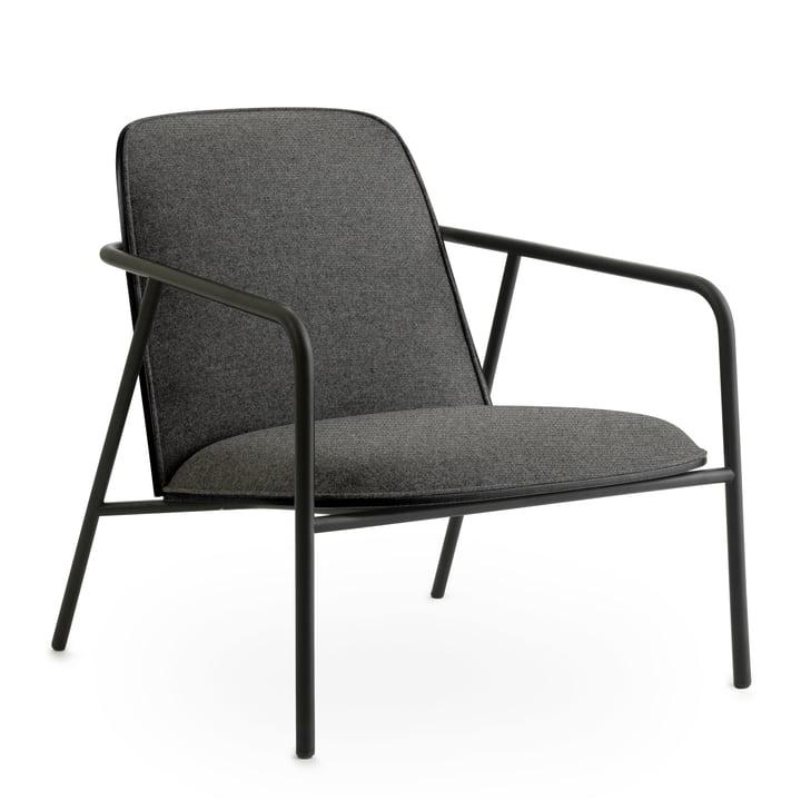 Pad Lounge Chair low von Normann Copenhagen in schwarz / Eiche schwarz / Main Line Flax 26