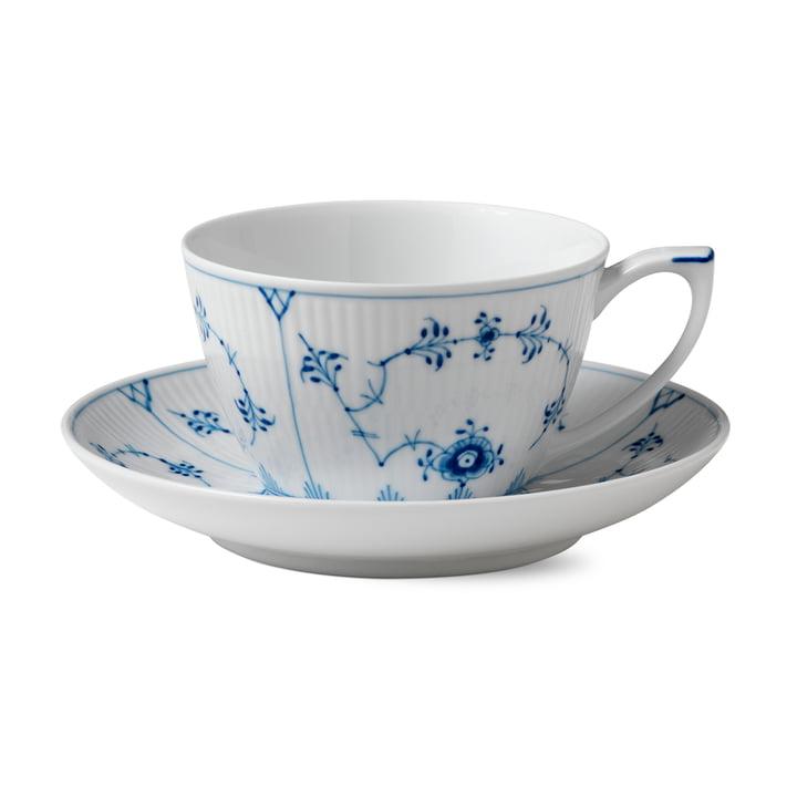 Musselmalet Gerippt Tasse mit Untertasse 28 cl in weiß / blau von Royal Copenhagen