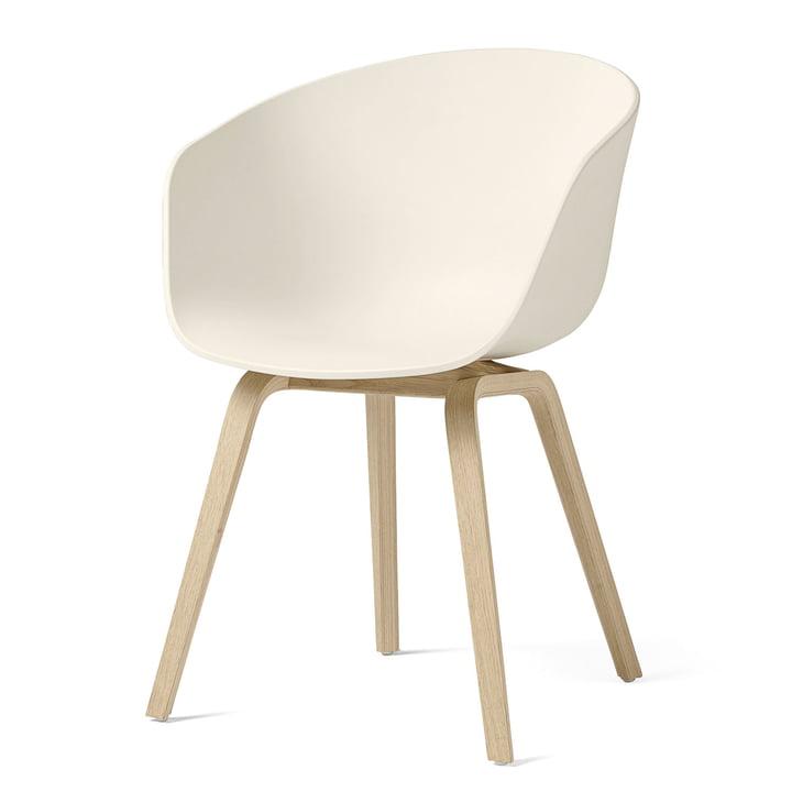 About A Chair AAC 22 von Hay in Eiche matt lackiert / cream white