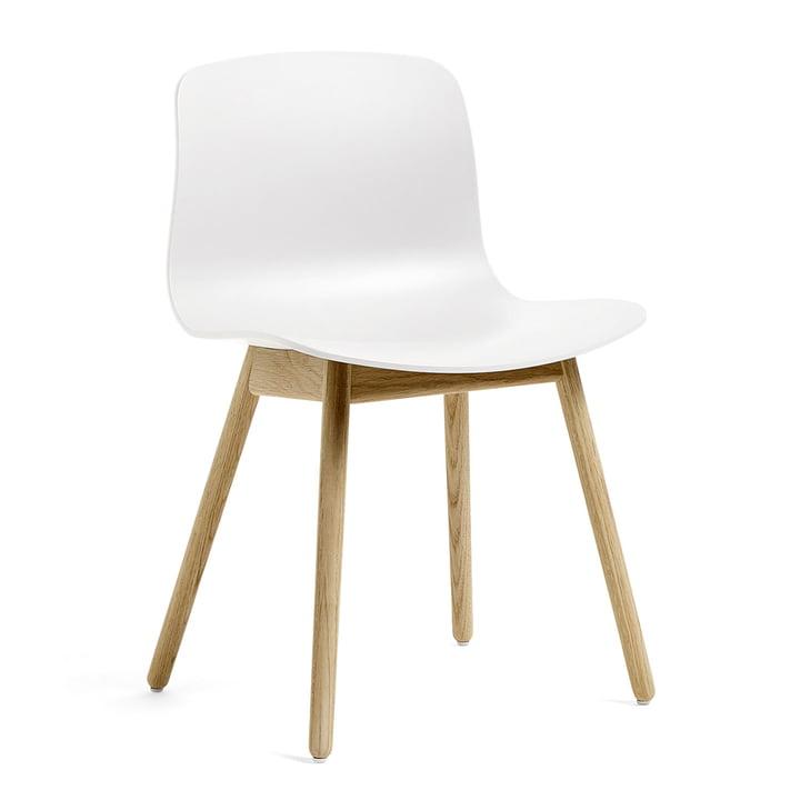 About A Chair AAC 12 von Hay in Eiche matt lackiert / weiß
