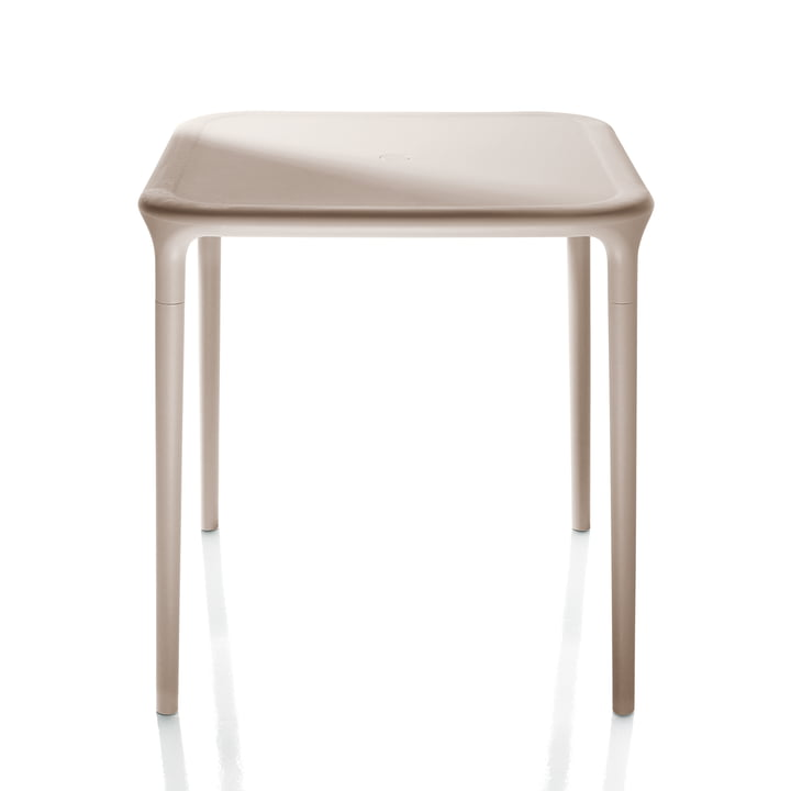 Air Table Outdoor, 65 x 65 cm in beige von Magis