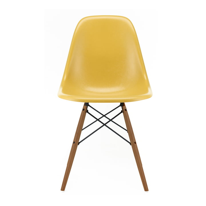 Eames Fiberglass Side Chair DSW von Vitra in Esche honigfarben / Eames ochre light