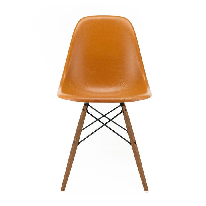 Eames Fiberglass Side Chair DSW von Vitra in Esche honigfarben / Eames ochre dark