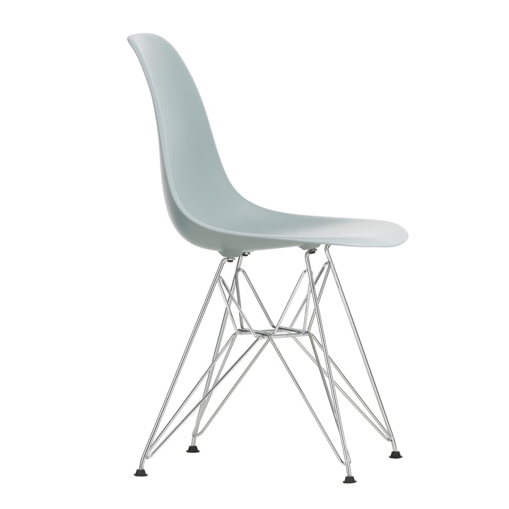 Eames Plastic Side Chair DSR von Vitra in verchromt / hellgrau