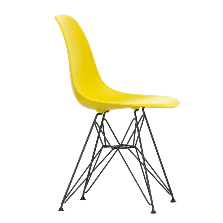 Eames Plastic Side Chair DSR von Vitra in basic dark / sunlight