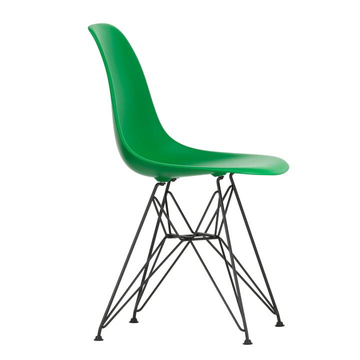 Eames Plastic Side Chair DSR von Vitra in basic dark / grün