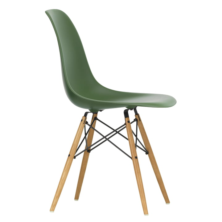 Eames Plastic Side Chair DSW von Vitra in Ahorn gelblich / forest
