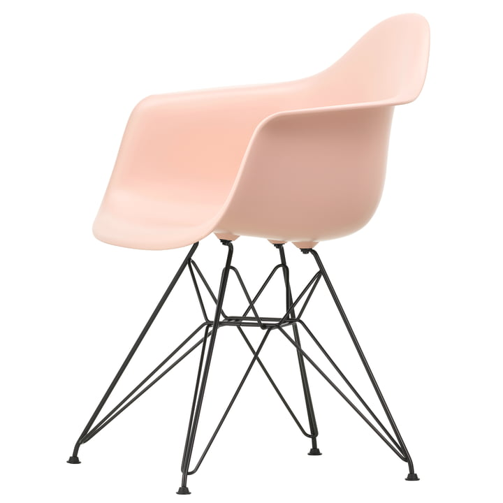Eames Plastic Armchair DAR von Vitra in basic dark / zartrosé