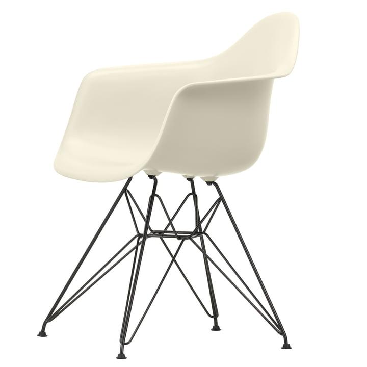 Eames Plastic Armchair DAR von Vitra in basic dark / kieselstein