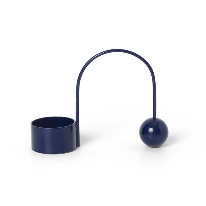 Teelichthalter Balance von ferm Living in deep blue