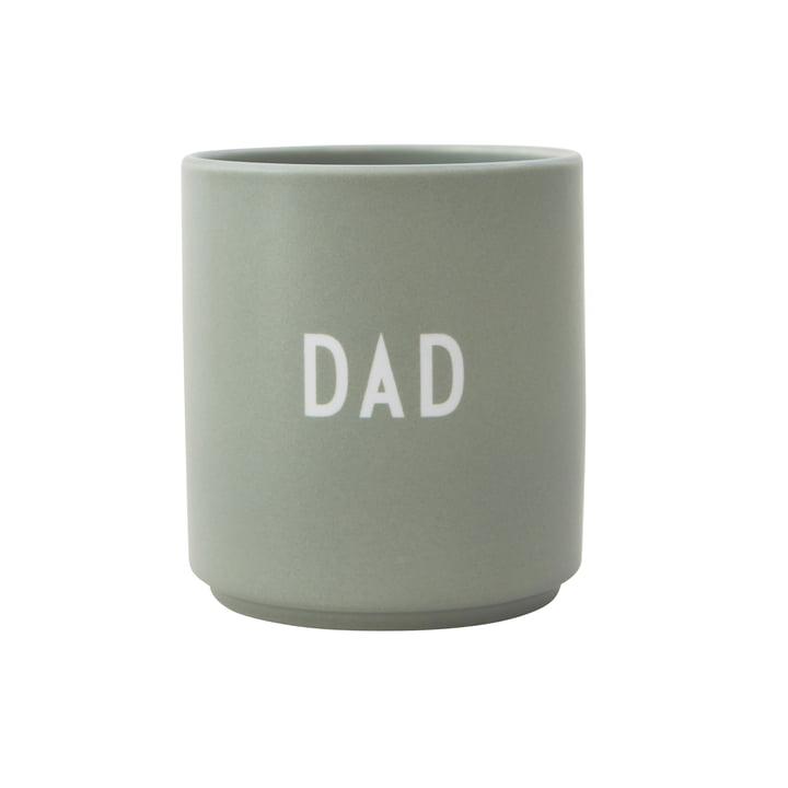 AJ Favourite Porzellan Becher Dad von Design Letters