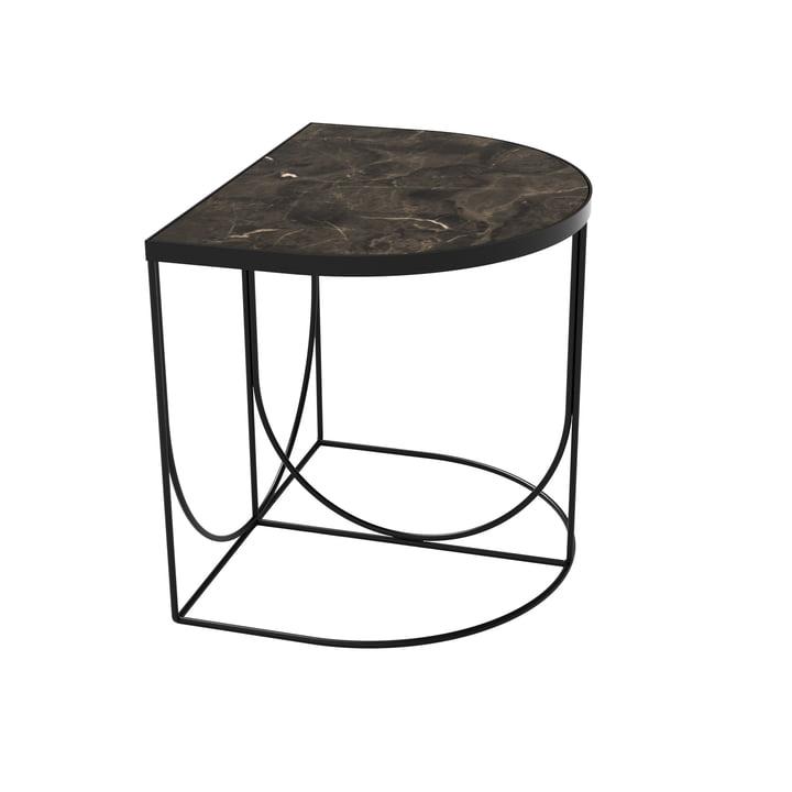 Sino Beistelltisch 40 x 50 cm von AYTM in schwarz / Marmor braun