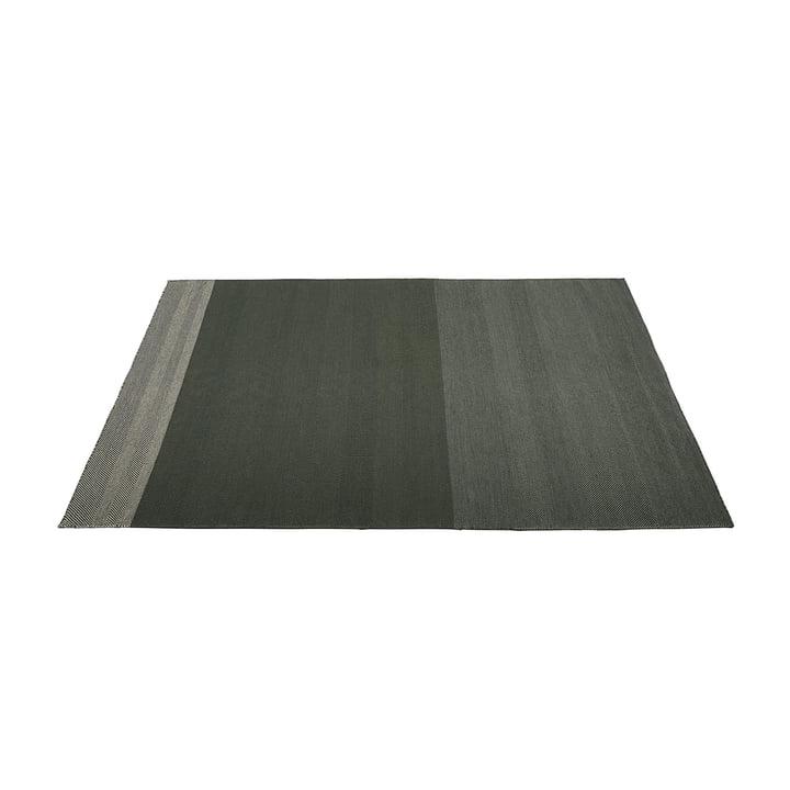 Varjo Teppich 170 x 240 cm von Muuto in dunkelgrün