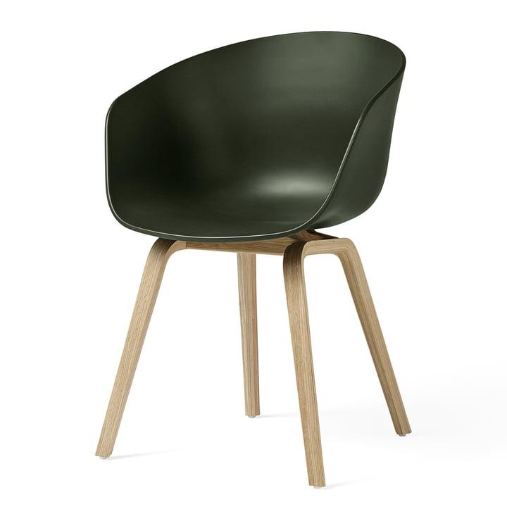 About A Chair AAC 22 von Hay in Eiche matt lackiert / grün