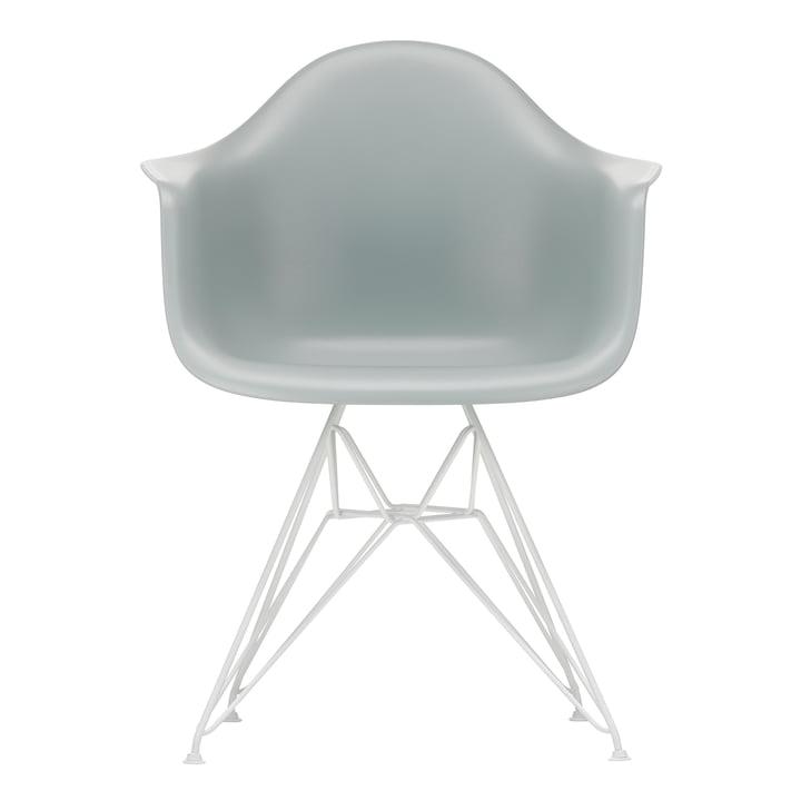 Eames Plastic Armchair DAR von Vitra in weiß / hellgrau (Filzgleiter weiß)