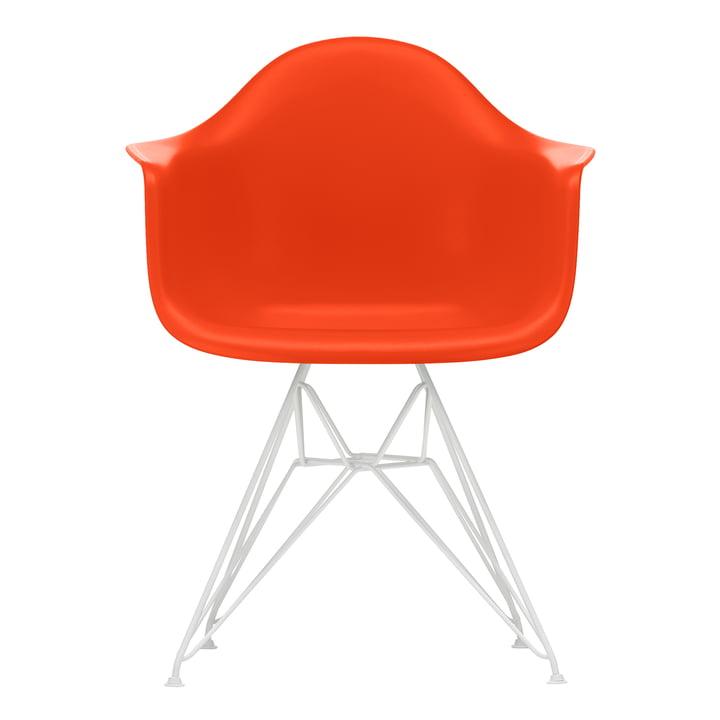 Eames Plastic Armchair DAR von Vitra in weiß / poppy red (Filzgleiter weiß)