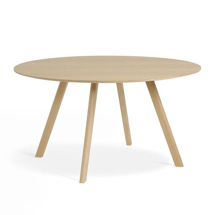 Der Copenhague CPH25 Tisch von Hay mit 140 cm Durchmesser in Eiche matt lackiert