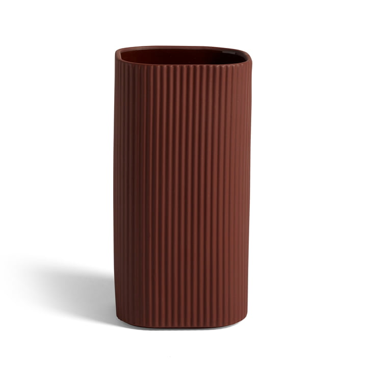 Facade Vase H 22 cm, dark terracotta von Hay.