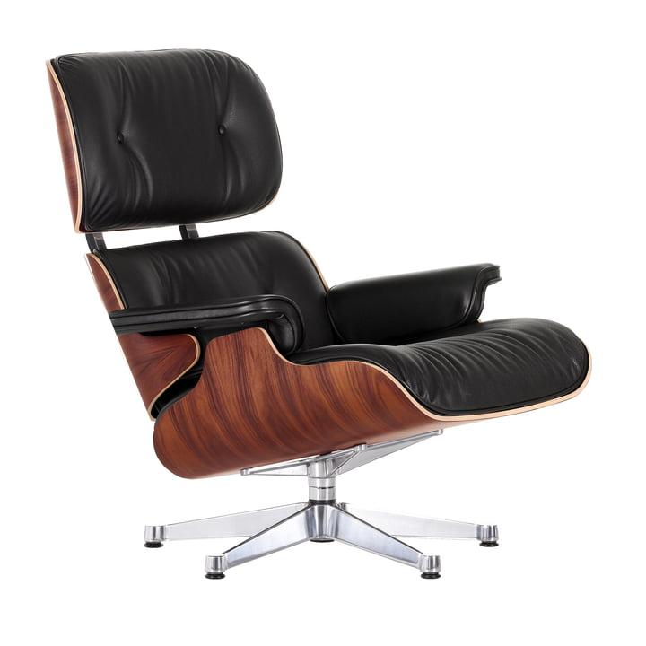 Der Lounge Chair von Vitra in der Ausführung poliert, Santos Palisander, Leder Premium nero in neuen Maßen