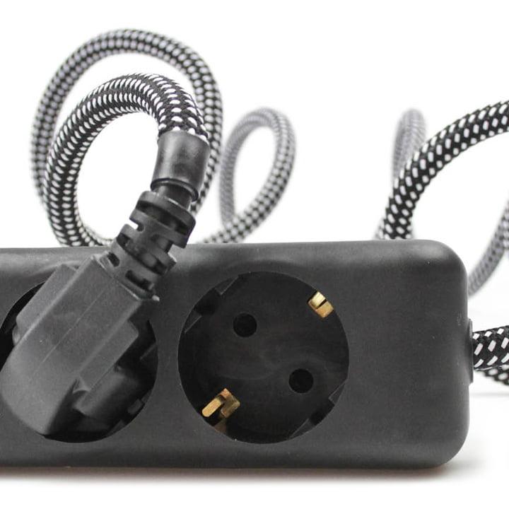 Extension Cord 3fach-Steckdose, Black Market (TT-91) von NUD Collection
