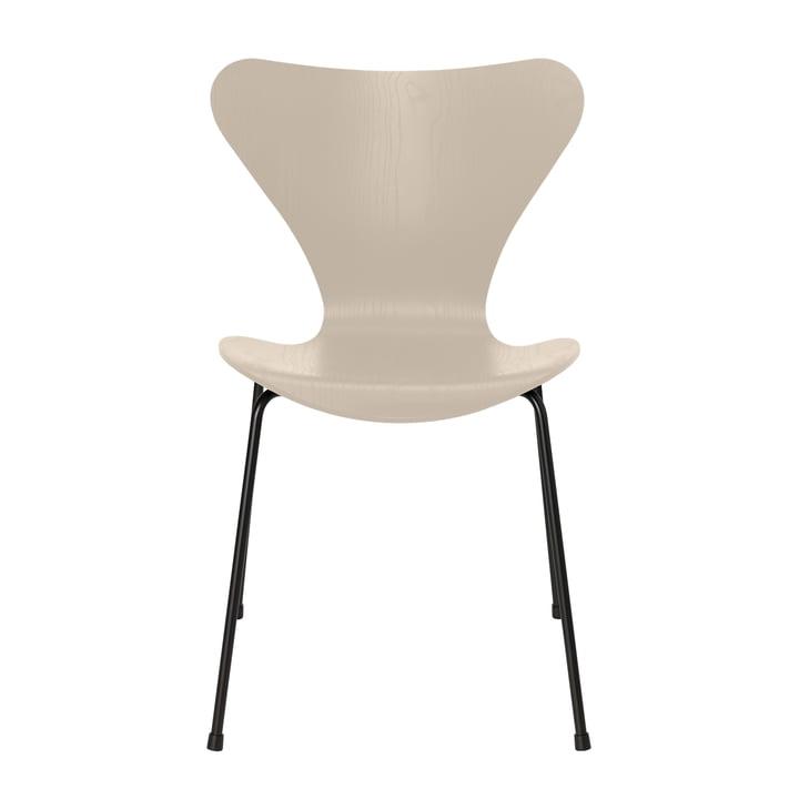 Serie 7 Stuhl von Fritz Hansen in Esche light beige gefärbt / Gestell schwarz