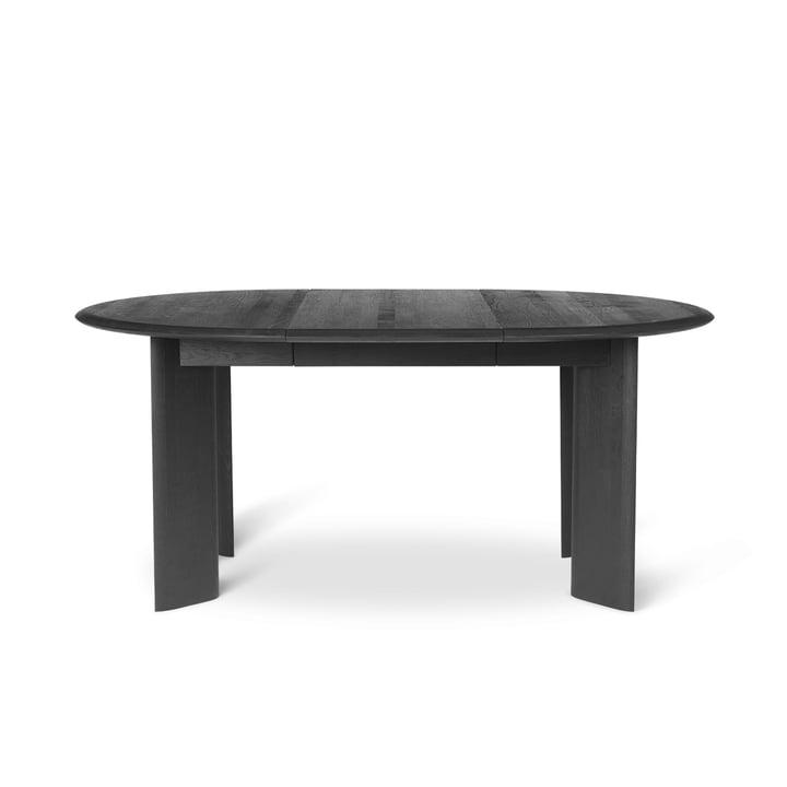 Der Bevel ausziehbarer Esstisch von ferm Living in schwarz