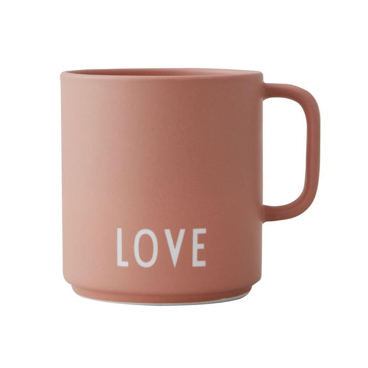Der AJ Favourite Porzellan Becher von Design Letters in Love /nude