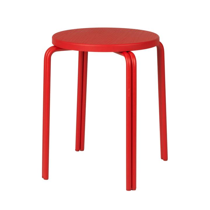 Der Oda Hocker von Broste Copenhagen in rot
