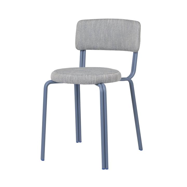 Der Oda Stuhl von Broste Copenhagen in blau